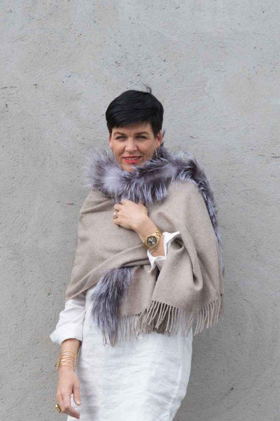 A.M de Paris skjerf 100 % alpakka fur 1 border coyote canis latrans beige 3