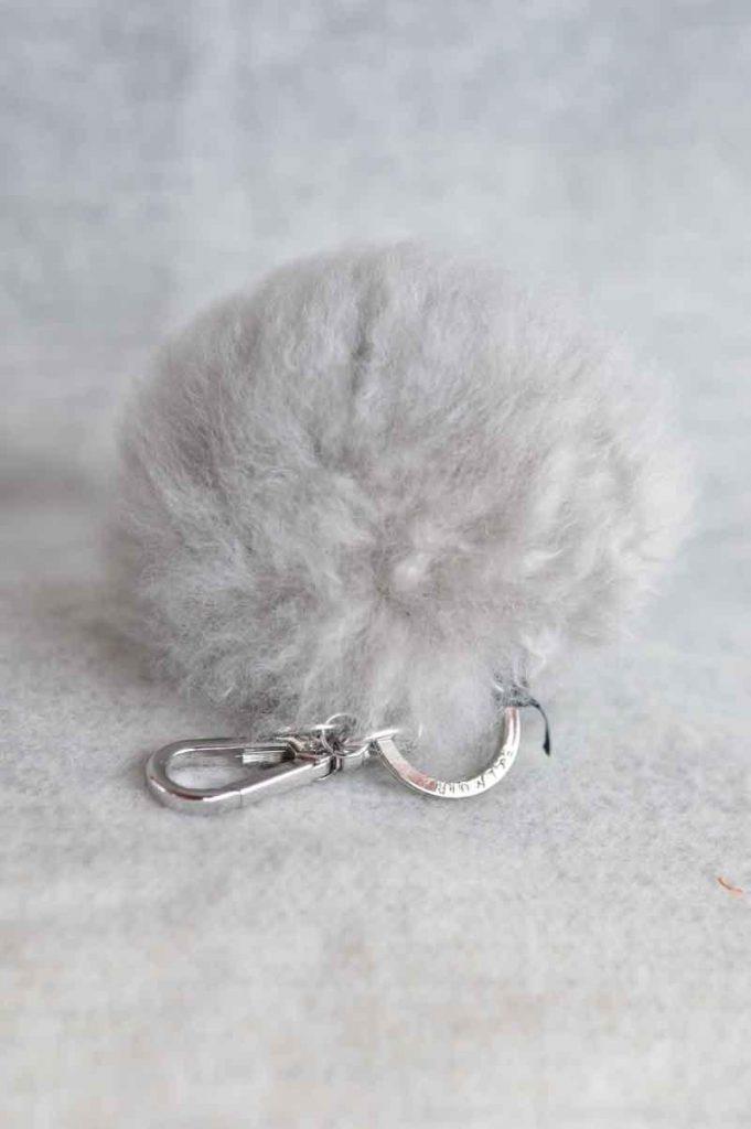 Balmuir-Chamonix-pom-pom-keyring-L-soft-greysilver_1516783897.jpg