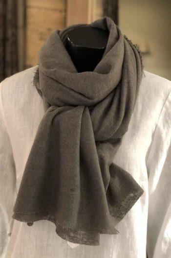 Balmuir Helsinki scarf Cashmere Dusty Olive