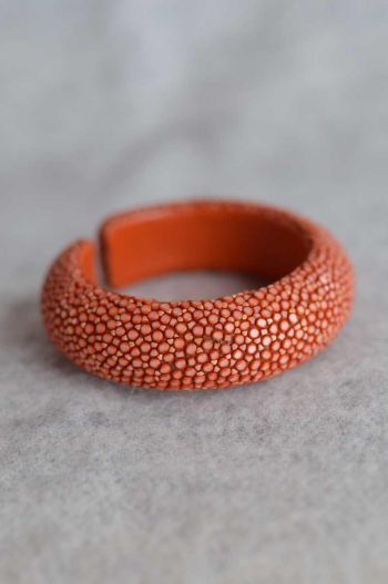 Balmuir Milan 20mm stingray bracelet, M, caviar Stingray/genuine leather, curve, width 20mm