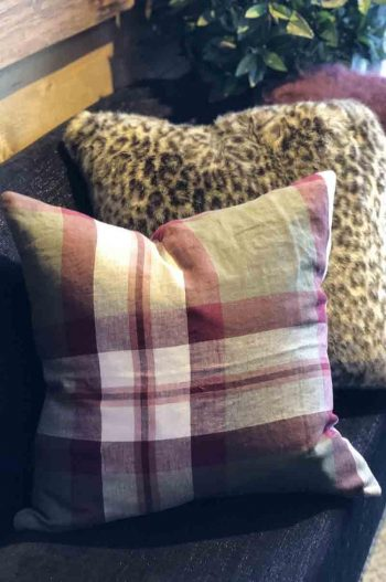 Balmuir St Andrews Cushion Cover, 50x50 cm Dusty Olive 100 % Linen