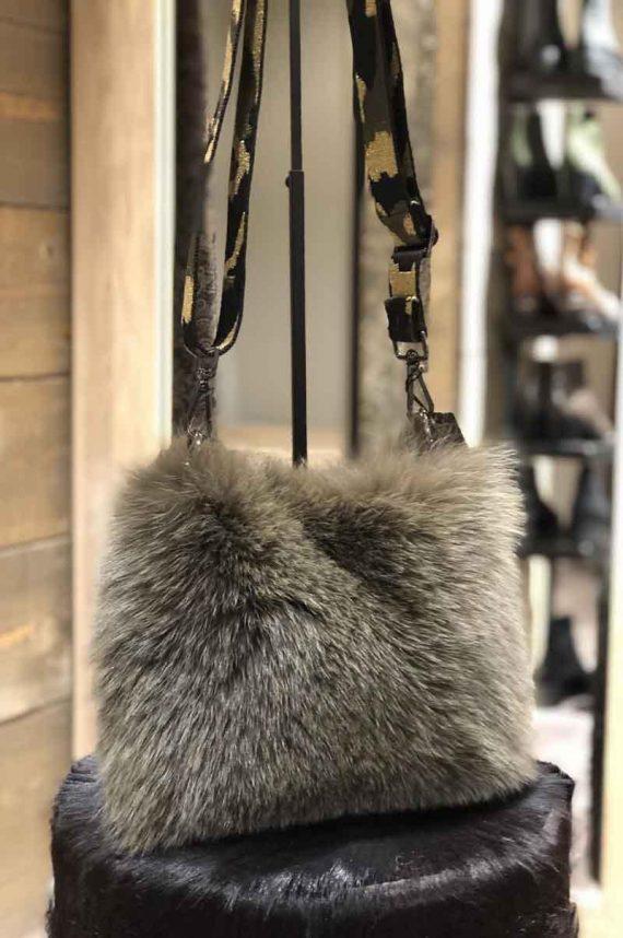 Cosy-Concept-Fur-Vilma-Bag-Army_1571740237.jpg